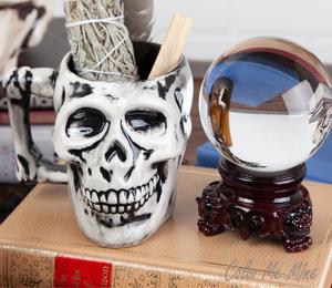 Voorhees Antiqued Skull Mug